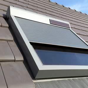 <a href='http://kovacic.emerveille.fr/volets-roulants-fenetres-toit/'><span class=vr>Volets roulants<br>fenêtres de toit</span></a>